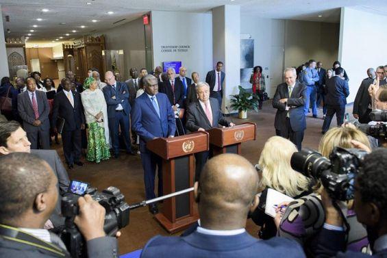 Le secrétaire général de l'ONU, Antonio Guterres et le président de la Commission de l'Union africaine, Moussa Faki Mahamat, mercredi à New York. / Ph. Manuel Elias - UN