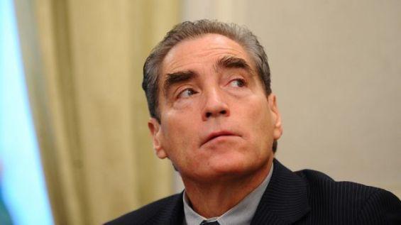 L'ancien Premier ministre roumain, Petre Roman.