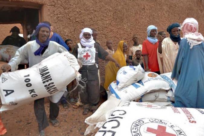 """البرلمان الأوروبي ينظر رسميا في قضية اختلاس المساعدات الإنسانية من قبل """"البوليساريو"""" والجزائر"""