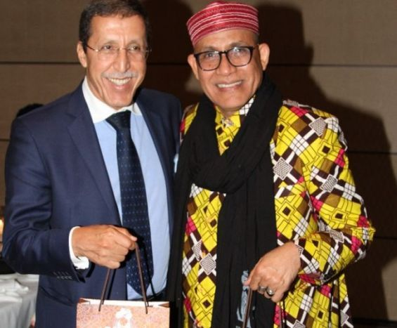 Omar Hilale, représentant permanent du Maroc auprès des Nations unies, et le créateur nigérien Alphadi, président et fondateur du FIMA.