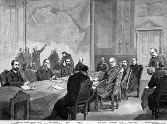 Une illustration de la Conférence de Berlin, marquant l'organisation et la collaboration européenne pour le partage et la division de l'Afrique à la fin du XIXe siècle. / DR   ...Suite : https