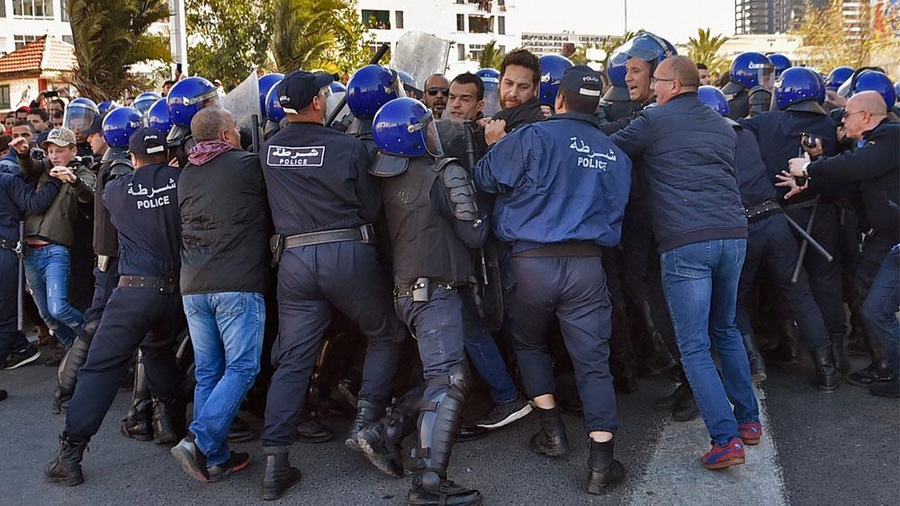 Manifestation contre le regime de Bouteflika