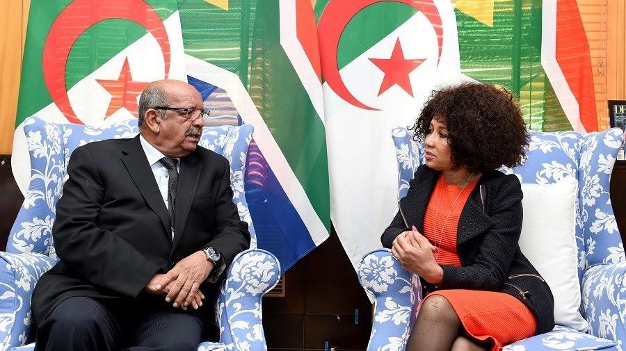 Messahel Abdelkader et Lindiwe Sisulu