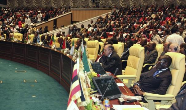 البرلمان الإفريقي يطالب بإغلاق سفارات دول القارة في المغرب
