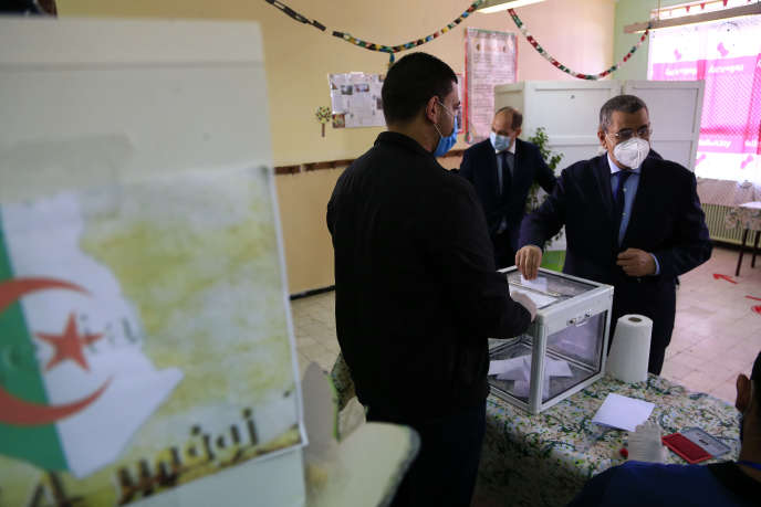 Comme annoncé, le référendum s'est déroulé en Algérie