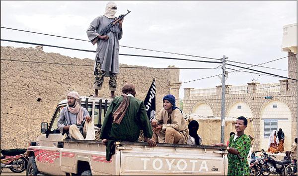 احتضار الصحراء الكبرى ... 2-3 الإمبرياليّة الأمريكية والإرهاب في إفريقيا