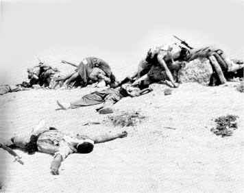 Légionnaires espagnols tués après une attaque des résistants marocains à Edchera en janvier 1958 (joumada al- thani 1377 H). Source: histocliop.blogspot.fr