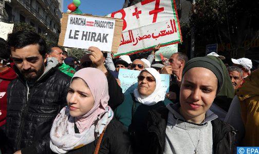 الجزائر، بلد على حافة الهاوية