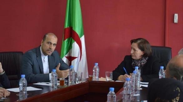 A gauche, Amir Moussavi, désormais ancien attaché culturel à l'ambassade d'Iran à Alger.
