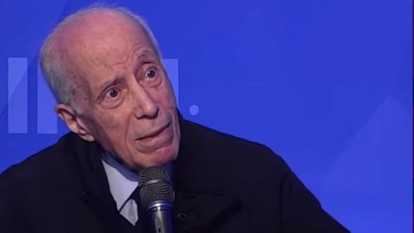 """Un ministre tunisien: """"Quand l'Algérie a pris une partie du Sahara tunisien, Bourguiba a plié, Hassa"""